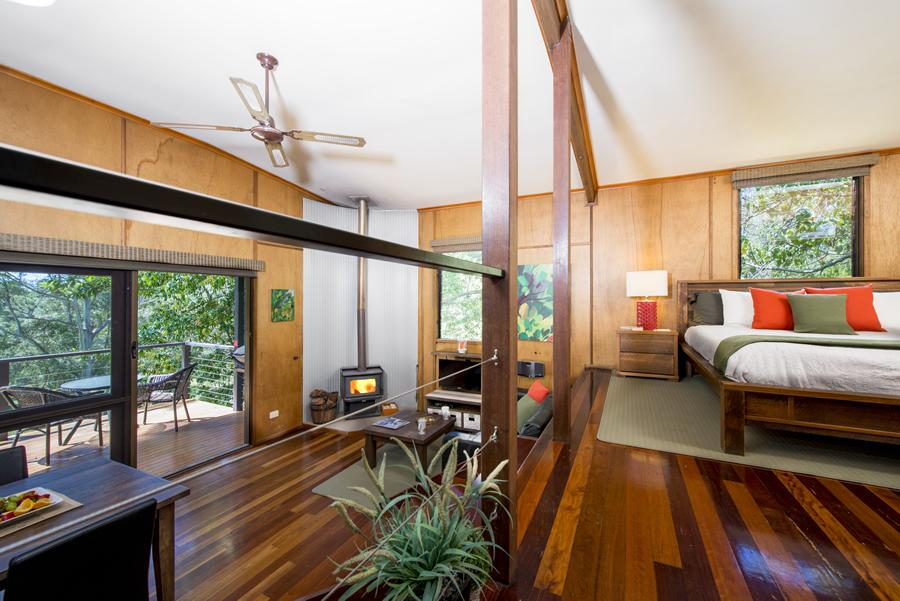 Hideaway Cottage Accommodation Maleny